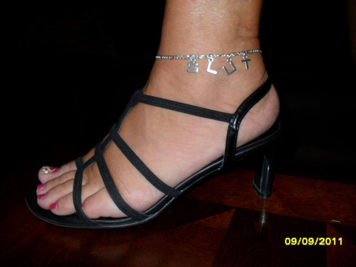 Love my NippleCharms anklet.  Thanks Julie and Nikki!