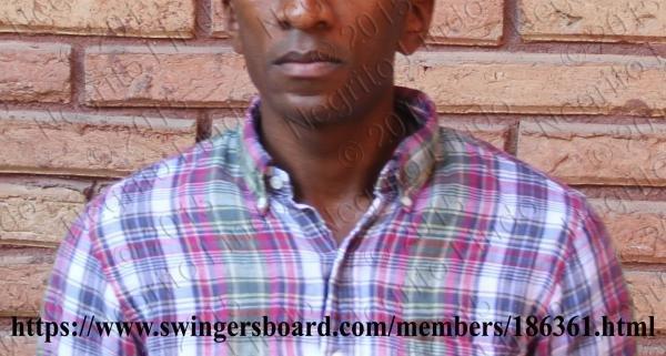 NegritoLindo faceless brick wall swingersboard